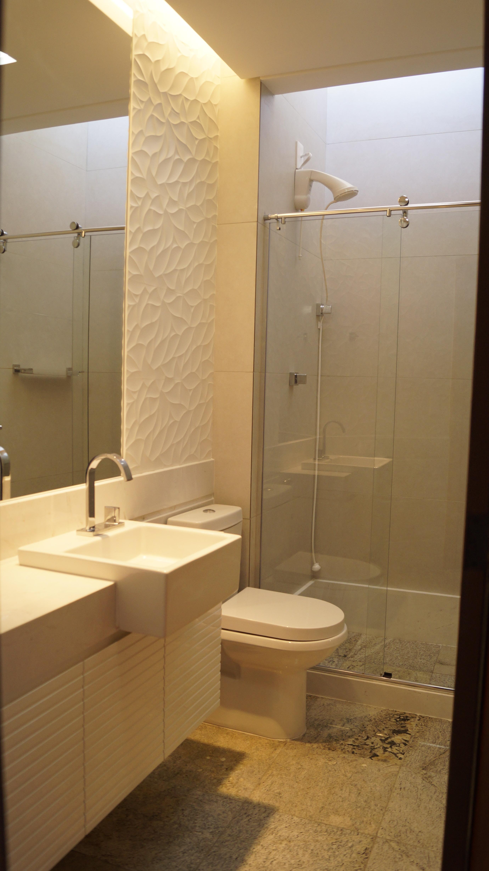 Os banheiros foram completamente reformados. #997332 2760 4912