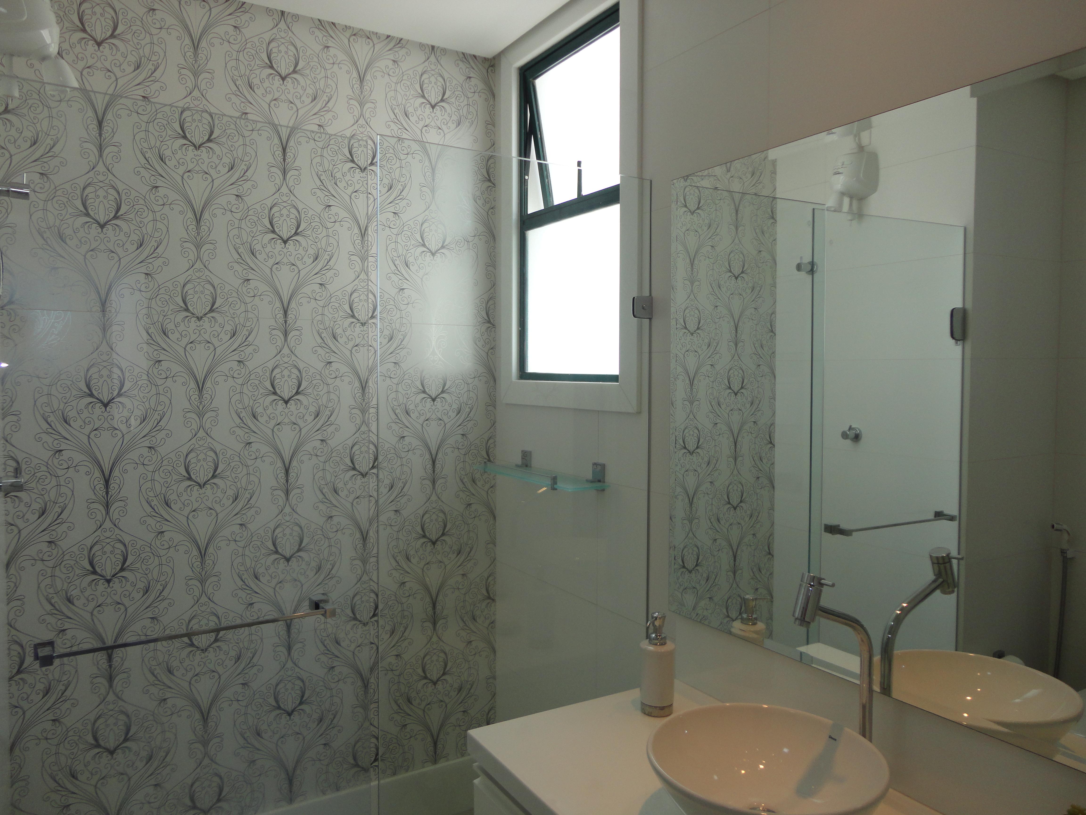 Não muito diferente dos quartos os banheiros também foram  #595140 4608x3456 Banheiro Com Pastilhas Amarelas